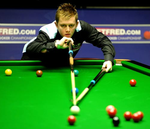 6337 - Allen launches attack on snooker chief Hearn