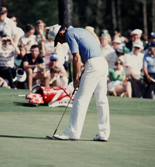 Gary Player reacts to his putt