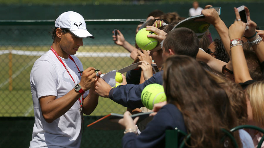 Nadal leaves juniors with stars in their eyes